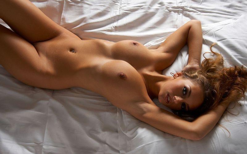 голые и коасивые